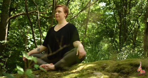 Badha konasasana yoga